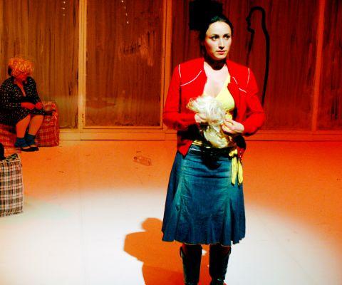 arijana-theater-faked-2007-04