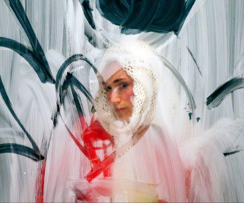 arijana-theater-faked-2007-09